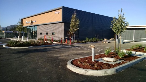 Resysta Tru Grain Cladding on Panera Bread - HDG Building Materials