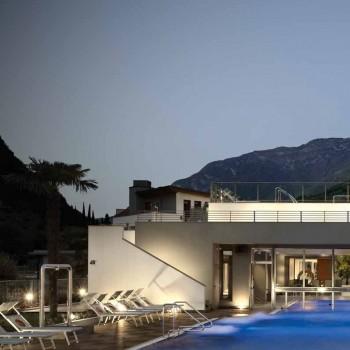 Ebano 3463 Porcelain Tile - HDG Legno Espresso - Raised Terrace Pool Surround