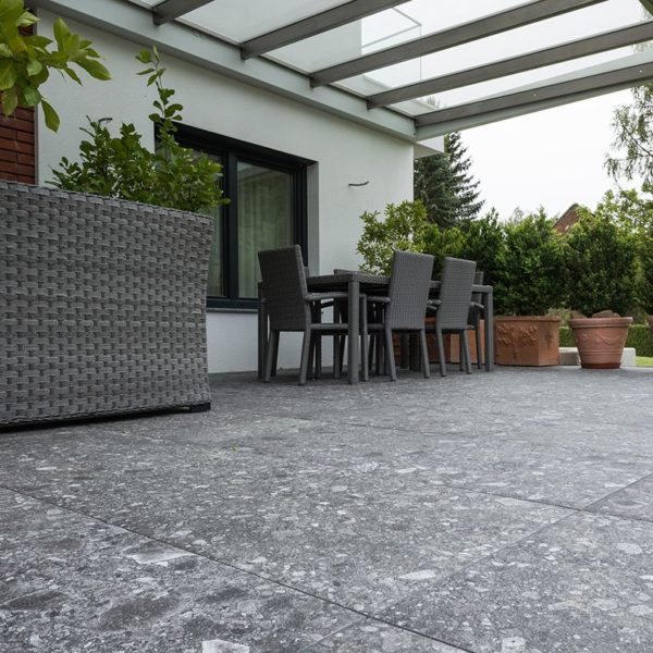 Outdoor Patio with HDG PIETRA Sierra Smoke Porcelain Tile - HDG Building Material