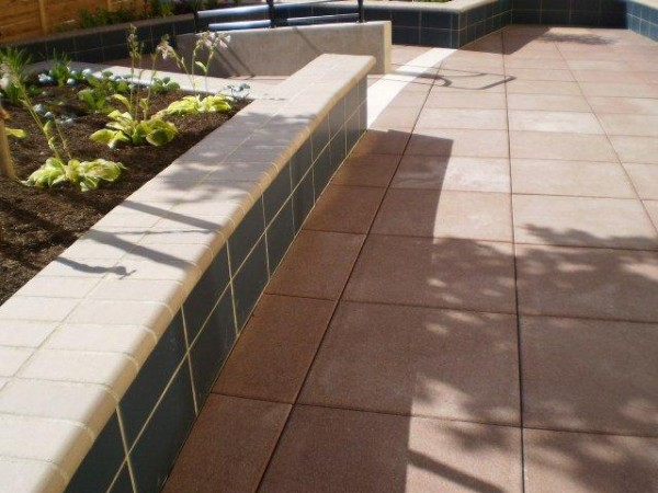 Buzon Pedestals with Concrete Pavers - HDG Building Materials