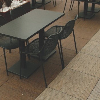 Faggio and Rovere Porcelain Pavers with Buzon Pedestals - HDG Building Materials