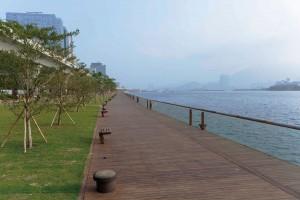 Kwun Tong Promenade - Buzon Pedestals - HDG Building Materials