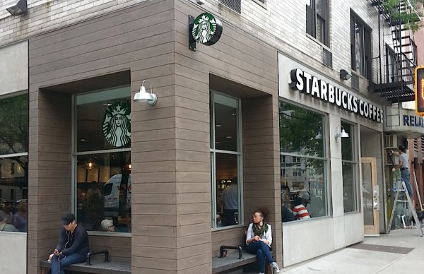 Tru-Grain made with Resysta - Starbucks Manhattan - HDG Building Materials