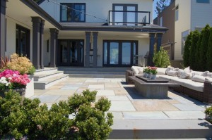 Blue+Stone+Patio+in+Seattle+After - HDG Building Materials