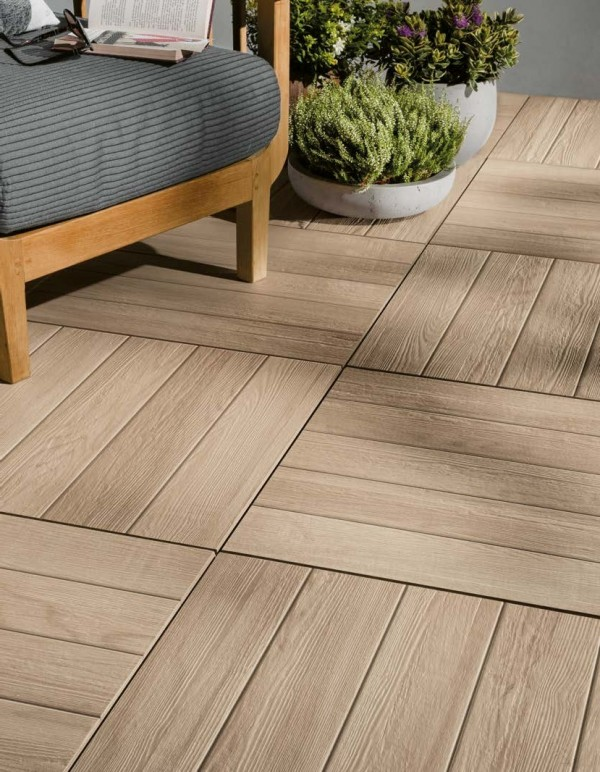 HDG Arctica-01 Porcelain Tile - Decking 1