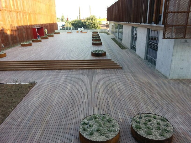 Hardwood Decking Materials ~ Ipe hardwood hdg building materials