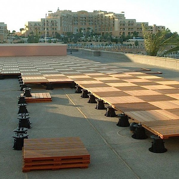 Buzon Pedestals with Hardwood Tiles - HDG Building Materials