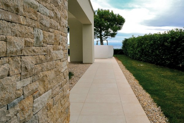 image of pietra crema stone - HDG Building Material