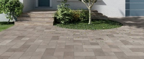 Courtyard and Entrance Design wtih HDG Pietra Pavero Ash Porcelain Pavers EP05 Esprit - steps and courtyard - HDG Building Materials