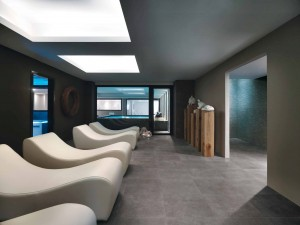 HDG Perlino Grey Limestone Floor