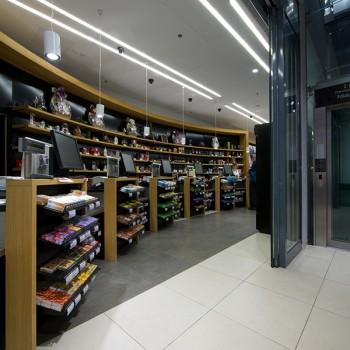 HDG Fondali Porcelain Tile in Retail Store Design Application