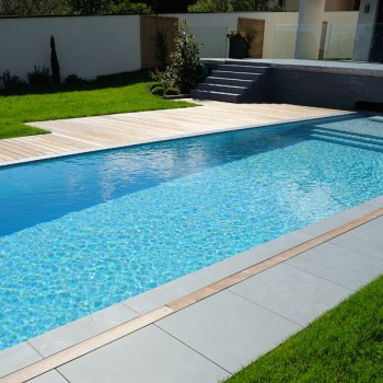 HDG Granado Porcelain Paver - Pool Surround Design