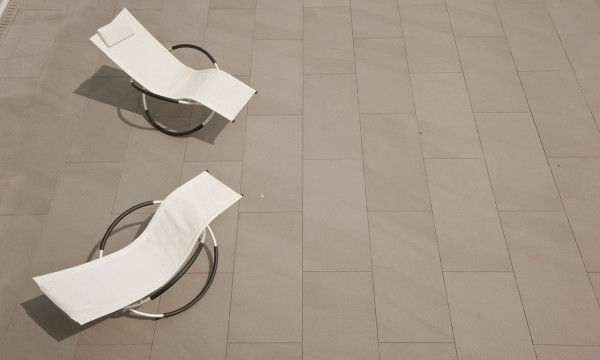 HDG Pietra Stone-Finish Pavers – Pavero Grey