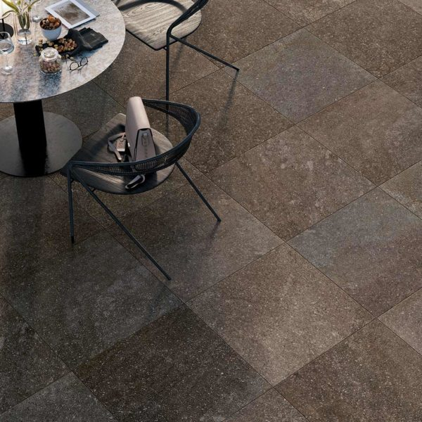 Outdoor Seating with HDG Pietra Pavero Plum Structural Porcelain Pavers - HDG Building Materials