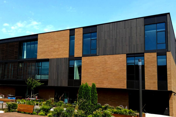 Resysta Cladding in contrasting colors and finishes - Portland OR