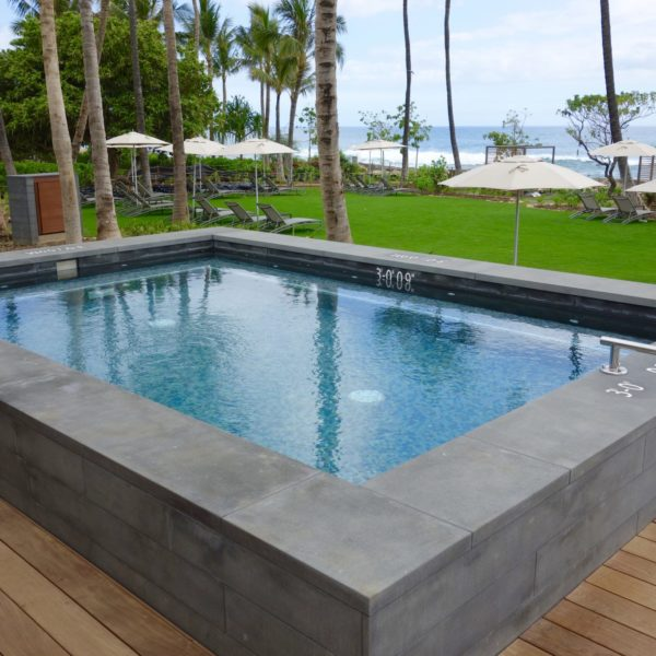 Ipe Decking Pool Surround with Buzon Pedestal System