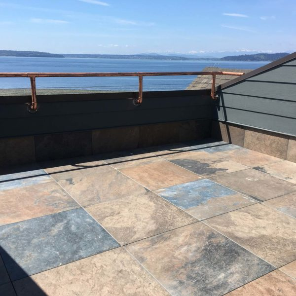 Waterfront rooftop deck with HDG Pietra Jamba Slate Porcelain Pavers