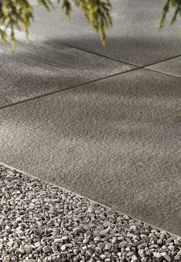 HDG Pietra Stone-Finish Pavers – Penn Blue