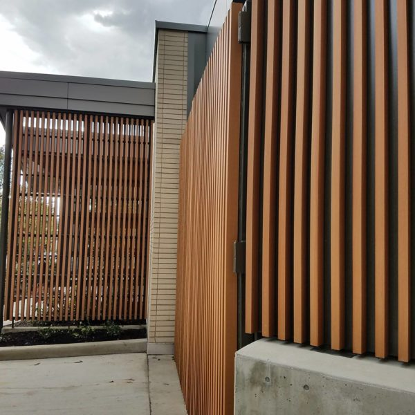 Resysta Privacy Screen Application - HDG Building Materials