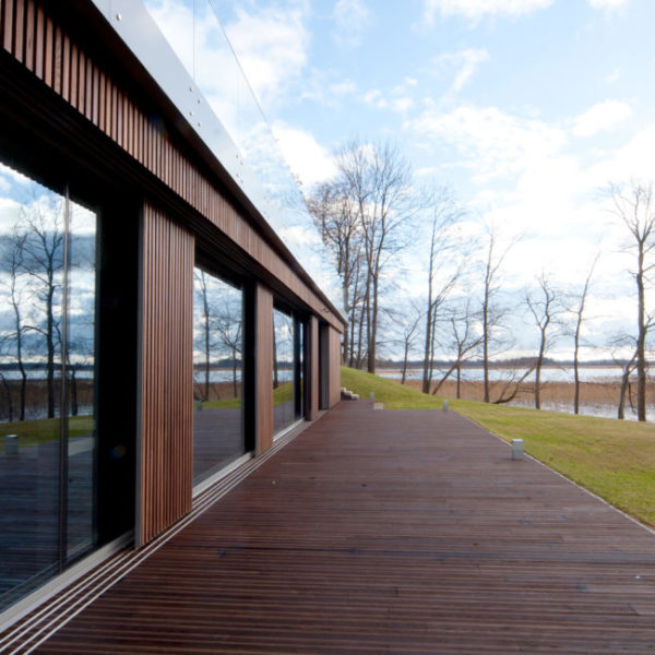 Thermory-Ash-Cladding-and-Decking-Residential-Home-HDG-Building-Materials-Dealer
