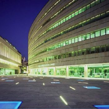 Illuminated-Terrace-Buzon-Pedestals-Shown-at-Night