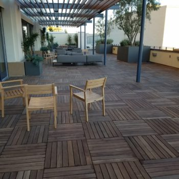 Massaranduba-2x2-Hardwood-Pavers - HDG Building Materials