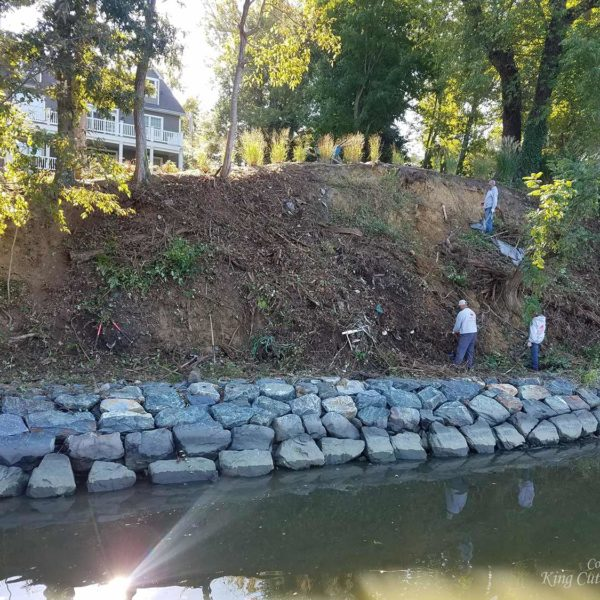 Shoreline Preservation with SlopeGrid Before Picture