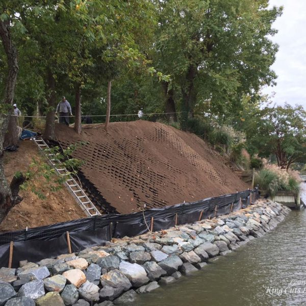 SlopeGrid Retaining Wall on Shoreline