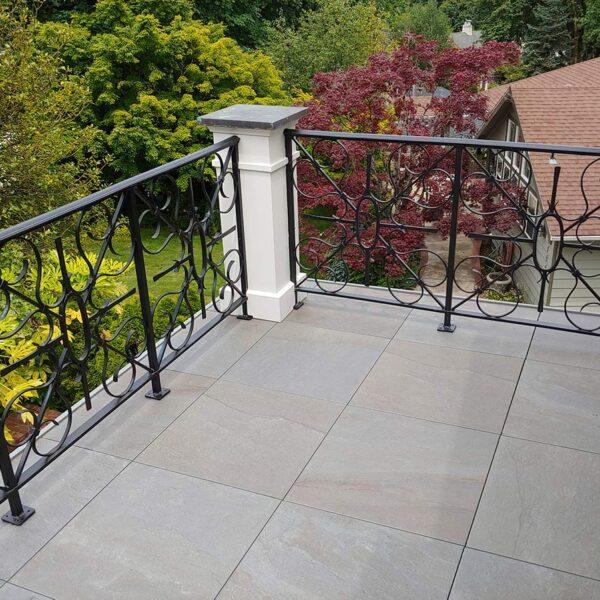 Corner Edge Detail on Pietra Stone Look Porcelain Paver Balcony - HDG Building Materials