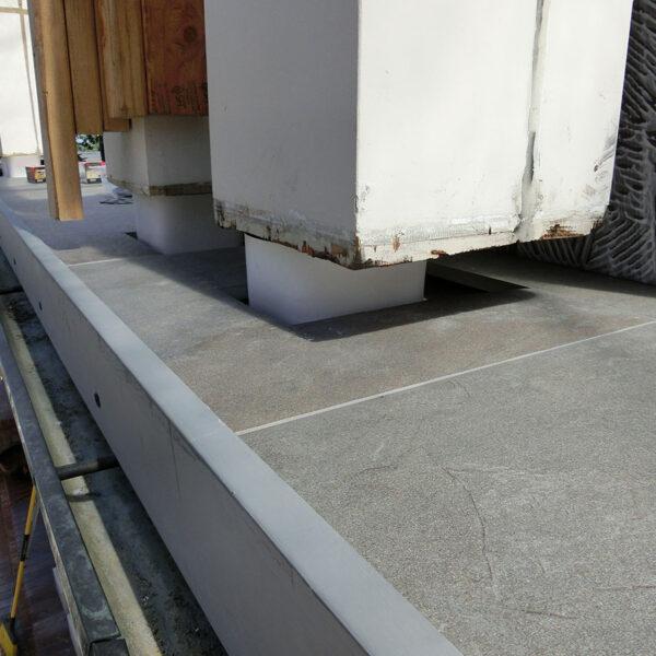 Porcelain Paver Edge Detail on Balcony - HDG Building Materials