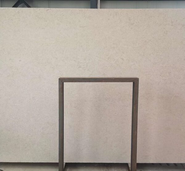 Large Limestone Slabs for Building Facade