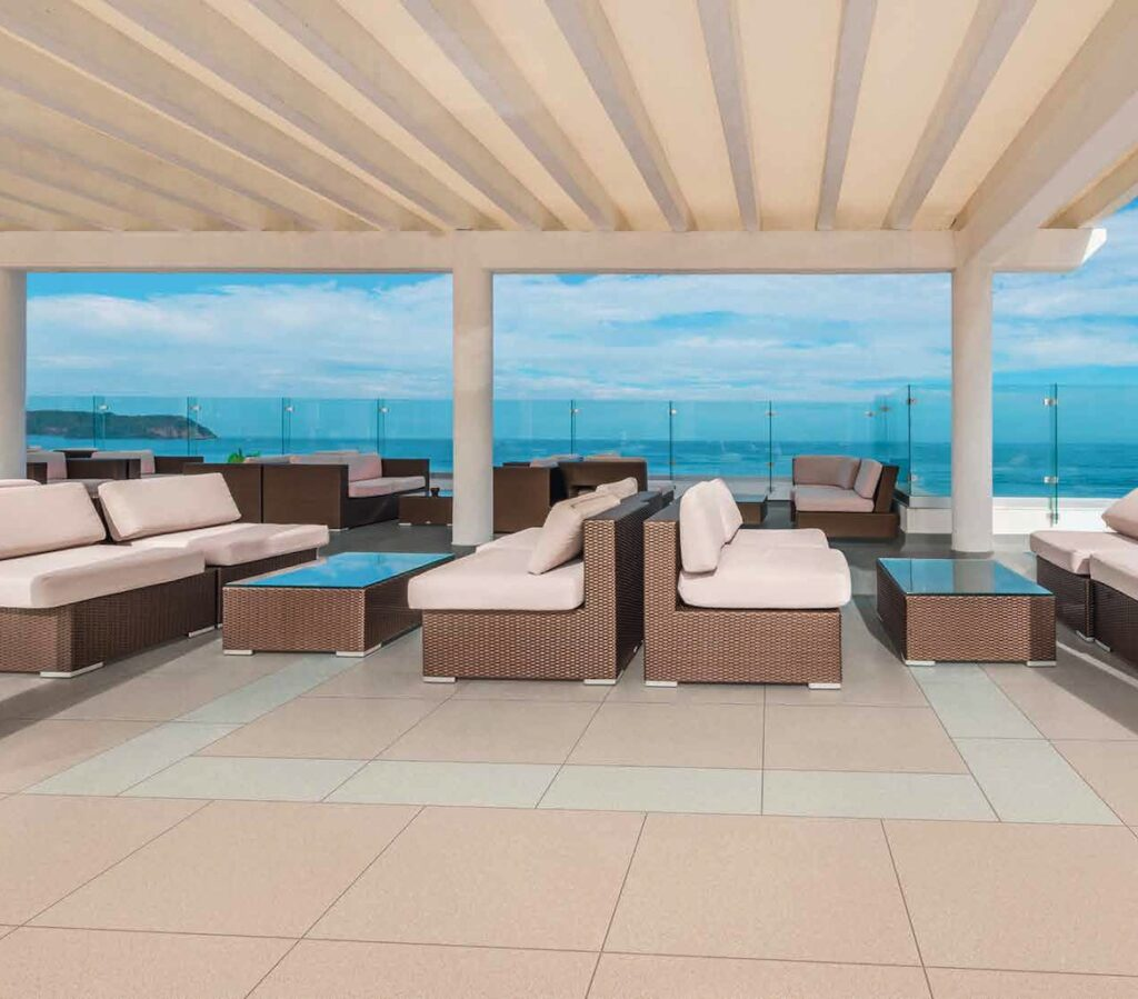 Metro Ivory and Metro Tan Porcelain Pavers on Rooftop Waterfront Terrace 1024x