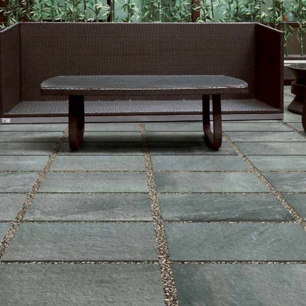 Courtyard with Fusa Grey Porcelain Pavers