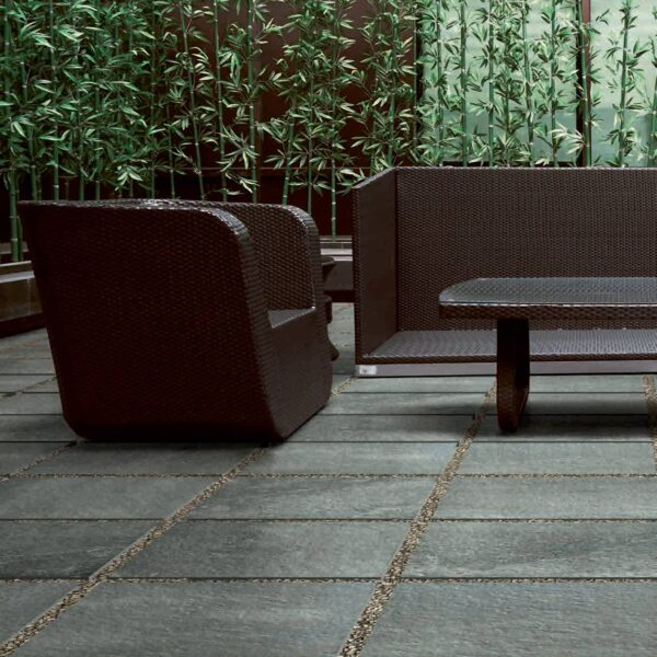 Stone Look Courtyard Made with Fusa Grey Porcelain Pavers