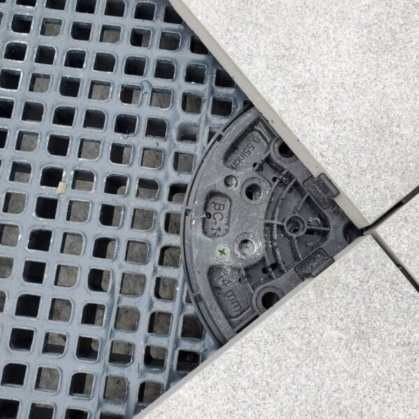 Innovative Solution using Buzon BC Pedestals with Grating Panels and Porcelain Pavers