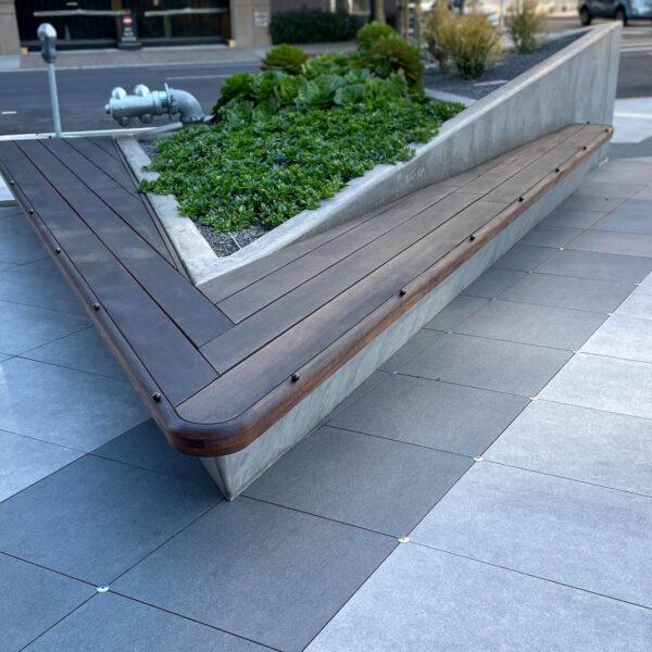 Sloped Surface Design with Grating Panels Buzon Pedestals and Porcelain Pavers 1500x1125